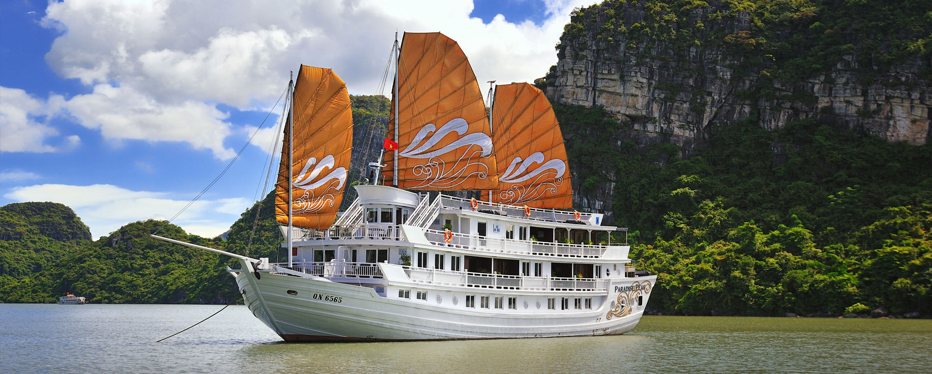 Halong Exclusive Tour
