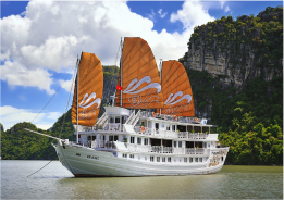 Halong ultimate luxury boat