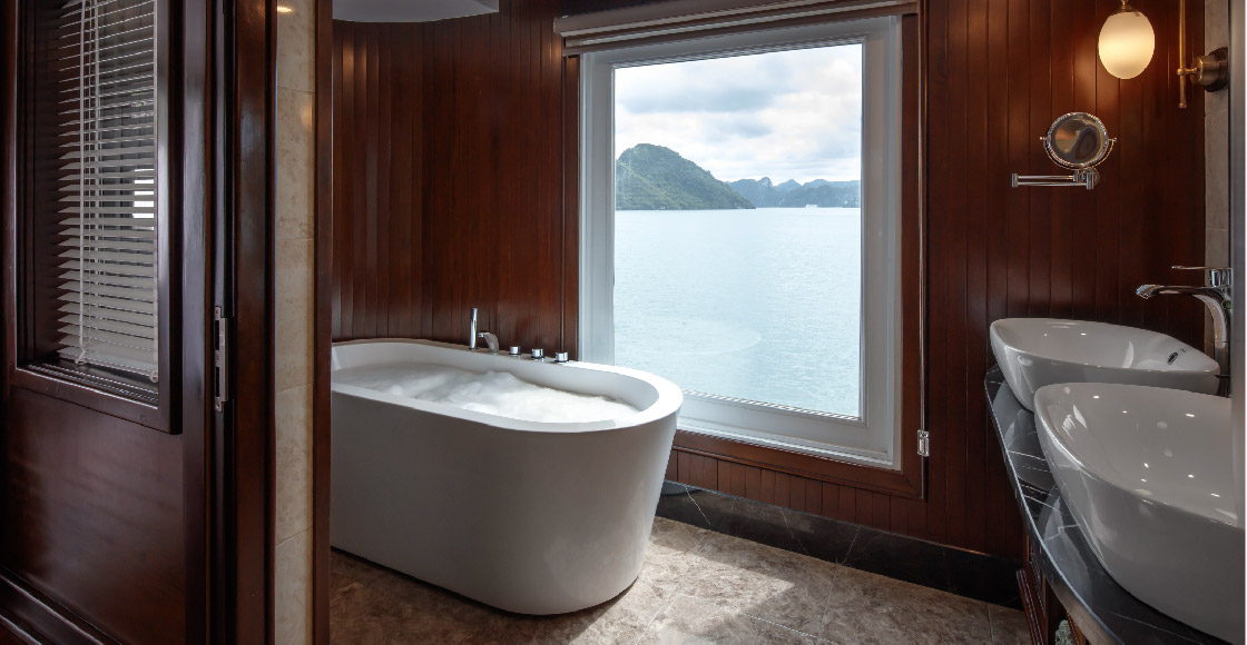 Bathroom in Captain's View Terrace Suite