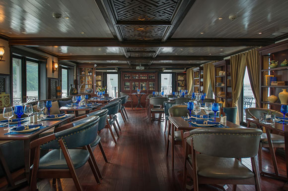 Dining while cruising Halong Bay